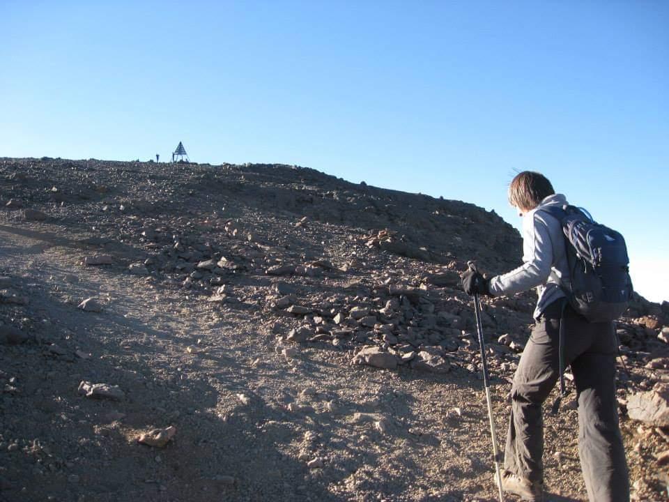 trekking desert